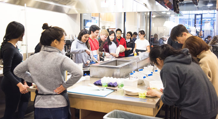 Students learn culinary skills in NUTR 420
